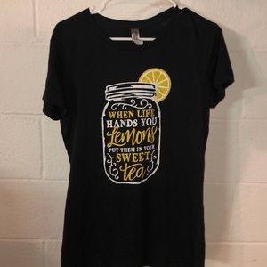 Instant message sweet tea and lemons tee!